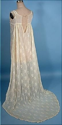 delicate embroidered sheer muslin gown with train - 1800