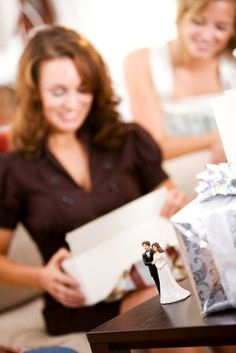 Throwing a great bridal shower, getting rid of 'stuff,' keeping foods from sticking, enjoying almost free throw rungs, and much more.