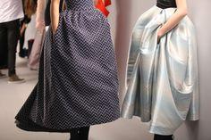 En backstage du défilé haute-couture Christian Dior printemps-été 2013 http://www.vogue.fr/beaute/en-coulisses/diaporama/en-backstage-du-defile-haute-couture-christian-dior-printemps-ete-2013/11448/image/677896#4