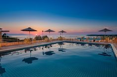 Creta Vitalis || Only 8 km from Chania Town, family-run Creta Vitalis enjoys a quiet location only 150 metres from the beach, in the resort of Kalathas. St;audio Φ photography