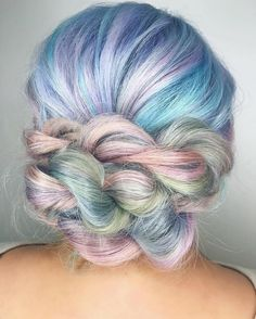 — 'Pastel Braids' Hair Trend Gives Women a Twisting...