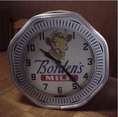 www.neonclock.org images Display Neon%20Products NPBorden1.jpg