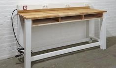 Individuelle Werkstatt bauen: Eine maßgeschneiderte Werkbank macht sich in jeder Werkstatt gut