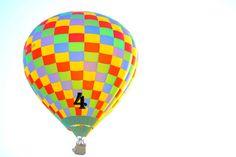 Mondial Air Ballons ® #advent #avent #adventballoon #ballondelavent #hotairballoon #montgolfiere #hotairballoons #montgolfieres #december #décembre #mondialairballons #oneballoonaday #unballonparjour #multicolor #multicolore #fog #brouillard