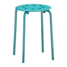 MARIUS Tabouret IKEA Empilable : gain de place lorsqu'on ne s'en sert pas.