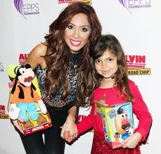 In a new Twitter video, Farrah Abraham's six-year-old daughter, Sophia, called Nicki Minaj a 'total loser' — watch here!