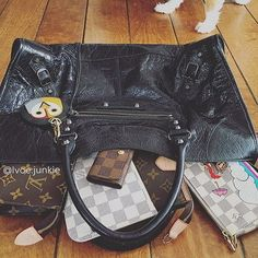 Lv Handbags, Louis Vuitton Handbags, Louis Vuitton Monogram, Stuff To Buy, Women, Fashion, Louis Vuitton Purses, Moda, Women's
