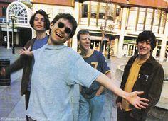 Blur | Alex James Damon Albarn Dave Rawntree Graham Coxon (that graham's smile tho)