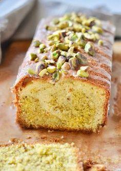 Pistachio lemon cake from Jamie Oliver Baking Recipes, Cake Recipes, Dessert Recipes, Jamie Oliver, Cake Cookies, Cupcake Cakes, Citroen Cake, Pistachio Cake, Bowl Cake