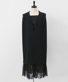 URBAN RESEARCH WOMENS(アーバンリサーチウィメンズ)のUR COUTURE MAISON 裾プリーツ サック ドレス(ワンピース) ブラック
