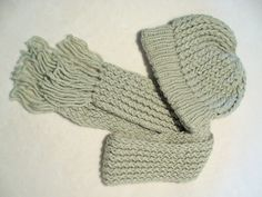 Children's scarf and hat set