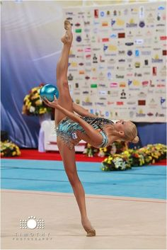 Yana Kudryavtseva (Russia) won gold in all-around at European Championships (Holon) 2016