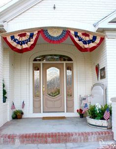 of July inspired front porch decor that is sure to make your head turn! Find all of these items in stores easily and have a happy of July! Porch Decorating, Holiday Decorating, Decorating Ideas, Happy 4 Of July, 4th Of July Decorations, Front Porch, July 4th, Diy Home Decor, Diy Projects
