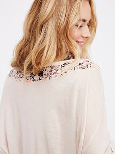 Hannah Ferguson || FP Siren Song Embroidered Boho Top (Pink Champagne Combo)