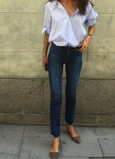 30 Beautiful Jeans Outfit Trends for Women - Kleider - Outfits Street Style Outfits, Chic Outfits, Summer Outfits, Fashion Outfits, Woman Outfits, Fashionable Outfits, Cute Casual Outfits, Office Outfits, Summer Shorts
