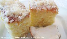 A receita desse bolo vem da minha avó materna, um bolo simples que ela quase sempre faz quando eu vou visita-la, então pra mim ele sempre vai ser gostoso...rs Bolo Felpudo de Coco Ingredientes: 3 ...