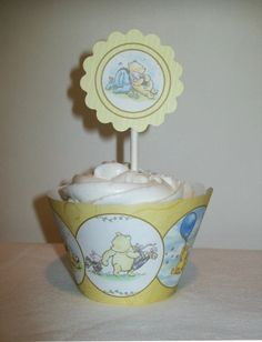 Classic Winnie The Pooh - DIY Printable Party Circles/Cupcake Toppers - Baby Shower
