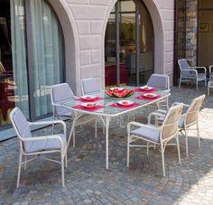Tavolo da giardino completo 6 poltrone CAMARGUE in rattan sintetico da esterno
