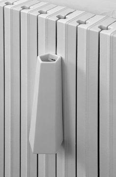 Elegant Ceramic Humidifiers That Serves as Radiator Decorations