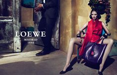 The complete Loewe Spring Summer 2011 advertisement is here, marking another astonishing project by Mert and Marcus, this time their stars are legendary Mariacarla Boscono and Andres Velencoso Segura. Paolo Roversi, Fashion Advertising, Advertising Campaign, Fashion Brand, Fashion Models, Alas Marcus Piggott, Brand Campaign, Best Model, Heritage Brands