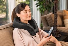 Heated Vibration Neck Massager with 6 Soothing Sounds Wrap your neck and shoulders in comfort with the Heated Vibration Neck Massager with 6 Soothing Sounds. It's soft and comfortable, with dual speeds of gentle vibration, plus optional gentle warmth. Integrated speakers let you play six built-in nature sounds.
