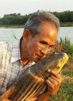 Ainuddin dengan ikan temoleh 9 kg