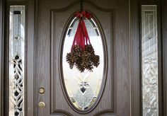 101 Days of Christmas: Hanging Pinecones | Christmas Your Way