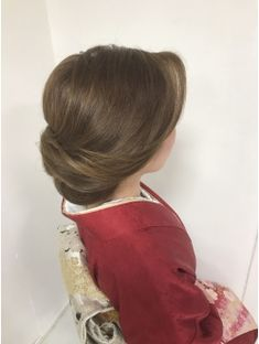 夜会巻き×アップ×着物 Hair Arrange, Japanese Hairstyle, Hair Reference, Asian Hair, Bride Hairstyles, Bridesmaid Hair, Hair Dos, Hair Clips, Hair Makeup