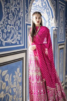 Fresh and amazing bridal lehenga designs for this wedding season! Indian Wedding Outfits, Bridal Outfits, Indian Outfits, Bridal Dresses, Pink Outfits, Trendy Outfits, Lehenga Designs, Indian Attire, Indian Ethnic Wear