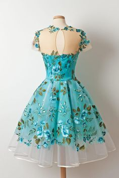 Shop for vintage homecoming dresses at SIMI Bridal, cheap graduation dresses, short prom dresses in affordable price Cheap Graduation Dresses, Vintage Homecoming Dresses, Prom Dresses, Formal Dresses, Chiffon Dresses, Bridesmaid Gowns, Fall Dresses, Pretty Dresses, Beautiful Dresses