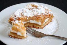 Dieser Apfelkuchen mit Baiser und Streuseln, ist in seiner Kombination einfach nur göttlich. Ein Rezept, wie es die Oma nicht hätte besser machen können.