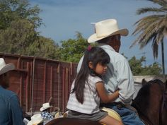 Masiaca: father and daughter