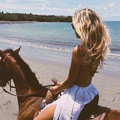 Sea girl horse wild
