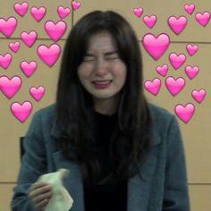 Memes para contestar kpop corazones ideas for 2019 New Memes, Love Memes, Blackpink Memes, Bts Meme Faces, Funny Faces, Meme Pictures, Reaction Pictures, Super Memes, Heart Meme
