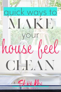 Sometimes you have no time to clean, but you still can't stand the mess. These 6 quick cleaning tips will help make your house feel clean until you have time to do a more thorough job. Great for working women and families! Daily Cleaning Checklist, House Cleaning Tips, Deep Cleaning, Cleaning Vinegar, Spring Cleaning, Bathroom Cleaning Hacks, Classic Bathroom, Amazing Bathrooms, Decoration
