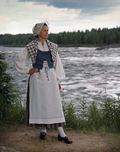 Folk dress of Torniolaakso region, Lapland, Finland Folk Costume, Costumes, Tom Of Finland, Black And White Pictures, Priyanka Chopra, Ancient History, Scandinavian, Normcore, Traditional