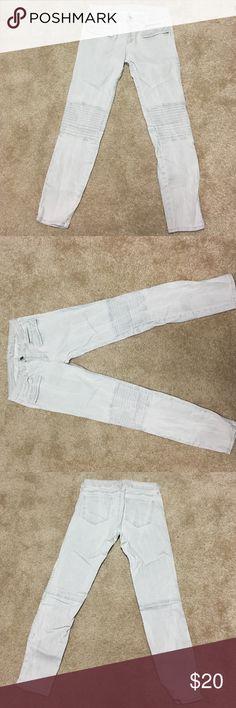 Zara moto jeans (light grey wash) Zara moto jeans (light grey wash) worn 2x Zara Jeans Skinny