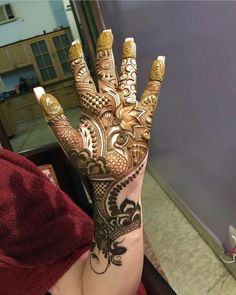 here the best mehndi designs not from Pakistan, but from other Asian countries. These are combinations of modern and traditional