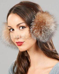 Ohrwärmer aus Fuchsfell #Pelz #FurFetish must have for Winter!