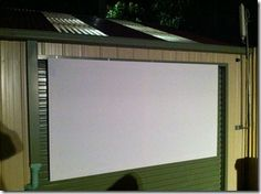 Superior Easy DIY Outdoor Projector Screen