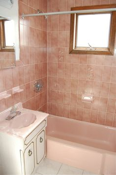 1000 images about for the home saving my pink bathroom on pinterest pink bathrooms pink - Pink tile bathroom decorating ideas ...
