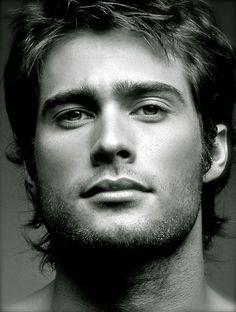Rodrigo Guirao Diaz hermoso mi morochooo años sin verlo. es el hombre mas sexy de Argentina.