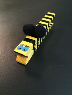 Bumble Bee Clothespins 5-pieces in a set by InspiredByKam on Etsy