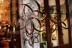 Window shopping in the French Quarter #frenchquarter#vieuxcarre#followyournola#showmeyournola#nola#beatouristnola#alwaysneworleans#windowshopping#beautifulneworleans#iheartnola#onlylouisiana#exploreneworleans by dragoneyz21