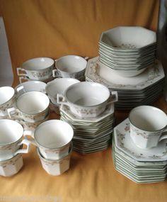 Vintage-Johnson-Brothers-Eternal-Beau-56-pcs-Soup-amp-Cereal-Dinner-amp-Side-Plates