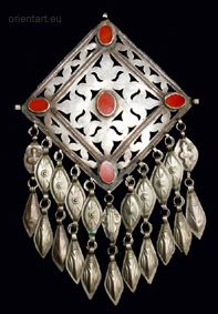 Turkmmen | Pectorial from the Ersari peoples | Silver with carnelians | ca. end of the 19th century