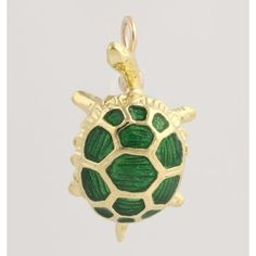 Pre-owned Turtle Pendant - 18k Yellow Gold Green Enamel High Karat... (14.990 RUB) ❤ liked on Polyvore featuring jewelry, pendants, accessories, none, enamel jewelry, enamel pendant, gold turtle pendant, 18k gold pendant and gold pendant