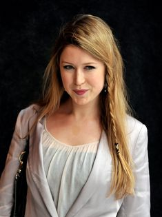 Hayley Westenra, she is a singer from New Zealand, i wish she would play Sephie in a Meridian film/show/musical
