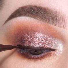 Awesome eye make-up tutorials for our girls! … Awesome eye make-up tutorials for our girls! Makeup Pots, Eye Makeup Art, Beauty Makeup, Face Makeup, Makeup Trends, Makeup Inspo, Makeup Inspiration, Make Up Tutorials, Make Up Hacks