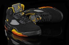 Air Jordan 5 V Retro 34 High Black Orange Yellow Shoes are in a sale on our online shop. Pick the quality air jordan 5 retro shoes in competitive price now. Yellow Shoes, Black Shoes, Men's Shoes, Cheap Jordans, Air Jordans, Air Jordan 5 Retro, Retro Shoes, Wholesale Shoes, Air Jordan Shoes